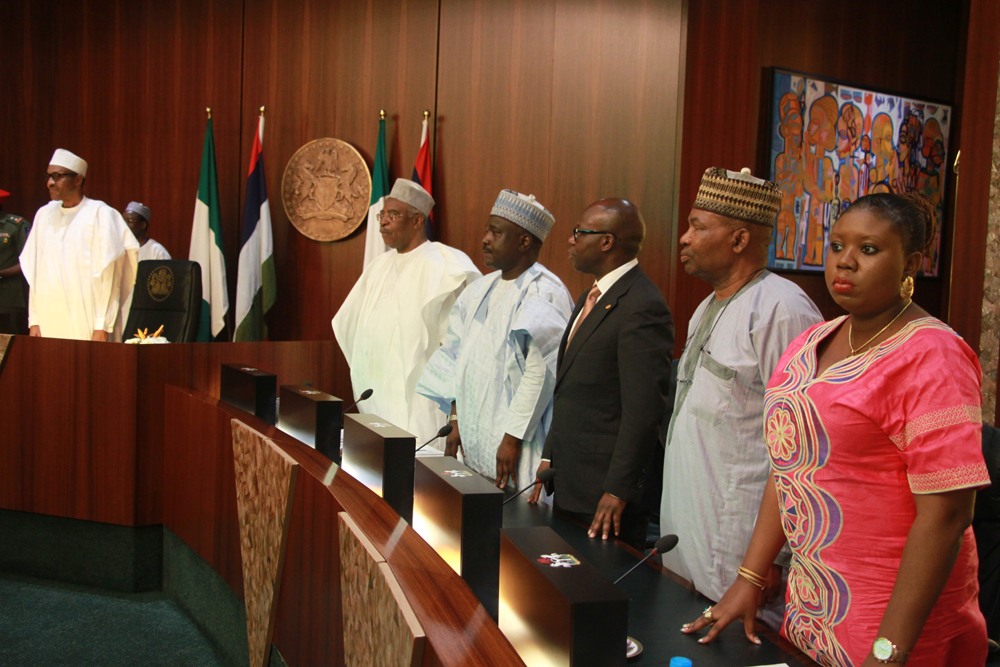 Pix. 1: (-r) President Muhammadu Buhari; Chairman Presidential Committee on Victims' Support Funds, Lt. Gen. Theophelus Danhjuma; Members of the Committee,Alhaji Tijjani Tumsah; Mr. Wale Tinubu; Air Marshal Jonah Wuyep and Mrs. Toyosi Akerele during the meeting between the President and the Committee at the Council Vhambers, State House, Abuja. Photo by Abayomi Adeshida 31/07/2015